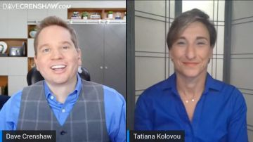 How to give feedback to your boss with guest Tatiana Kolovou